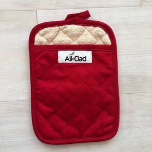All-Clad oven mitt square NWOT red